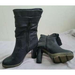 MIGATO Block Heel Side Zip Ankle Boots