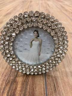 "🚚 High quality photo frame 3"" round"