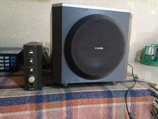 Teac multimedia amplifier with subwoofer