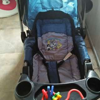 Preloved Looney Tunes Foldable Stroller