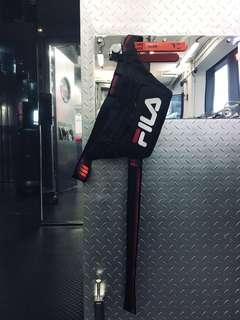 FILA 黑色腰包,超型,市場上黑色已斷貨,9成新