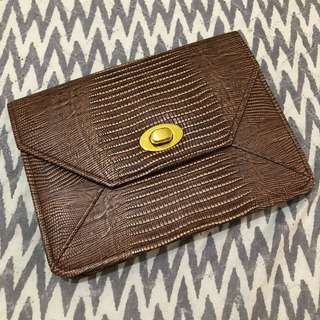 Maldita clutch bag