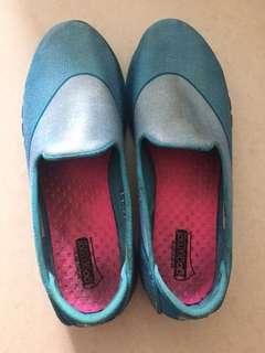 Skechers girl's shoes