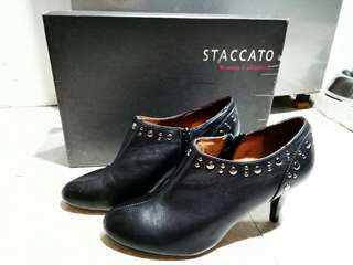 ORIGINAL STACCATO SHOES Size 6