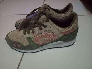 Original Asics shoes