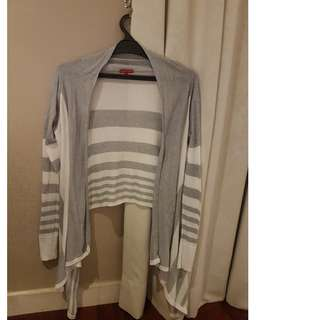 White and grey stripes outer