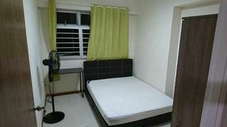 Single bedroom for rent **No aircon installed**