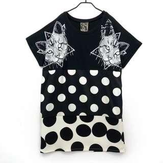 🚚 商品:黑白拼接圓點十字架貓咪個性感洋裝