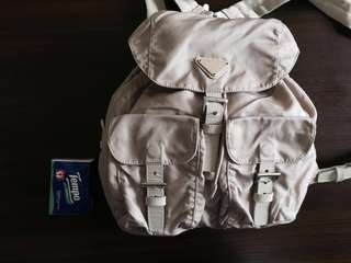 Prada backpack vintage 搬屋清貨