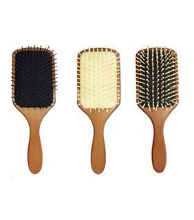 Wooden hair brush (BNIB)