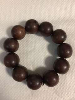 Vintage sandalwood bracelet