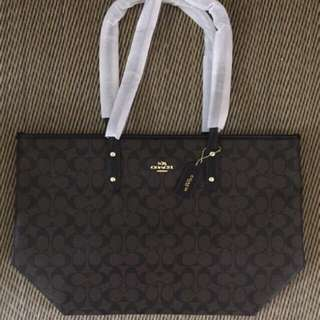Coach City Zip Tote 100% authentic