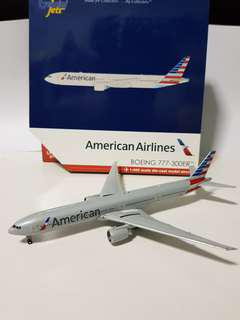 B777-300ER American Airlines Scale 1:400