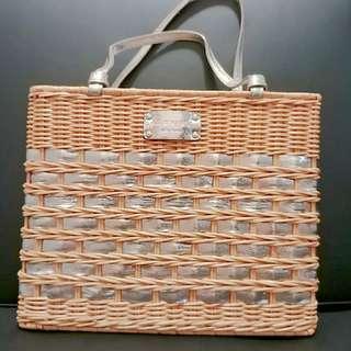 Kate Spade Bag Basket 藤籃 手袋