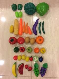Food items 37piece play set
