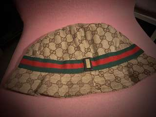 Gucci monogram 漁夫帽
