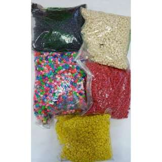 Clearance!!! Doing handicraft or beads necklace??? Clearing all the 5 packets beads at only $30