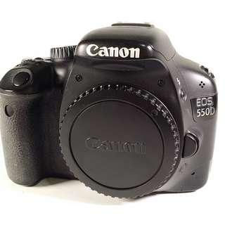 Canon EOS 550D 盒裝  充電器 線材 光碟 說明書 鋰電池*1 公 (CB071)