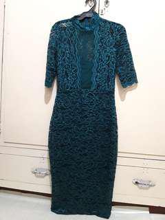 Lace dress/bodycon