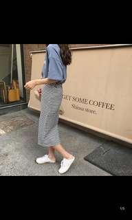 🚚 格紋窄裙 全新