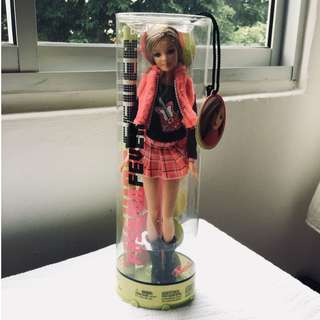 "Barbie: ""Fashion Fever"" Collectables doll (Doll 1/2)"