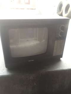 Tv antik polytron mati