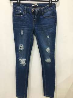 Colourbox ripped jeans