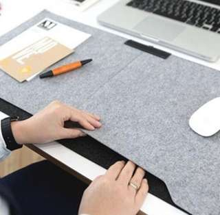 *INSTOCK* Laptop / Apple large mouse pad