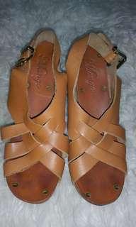 Sandal Mango