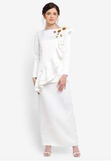 ZALIA ZALORA - White Ruffle Set XL