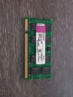 🚚 2GB Kingston Ram