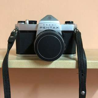 PENTAX FILM CAMERA WITH 49mm LENS