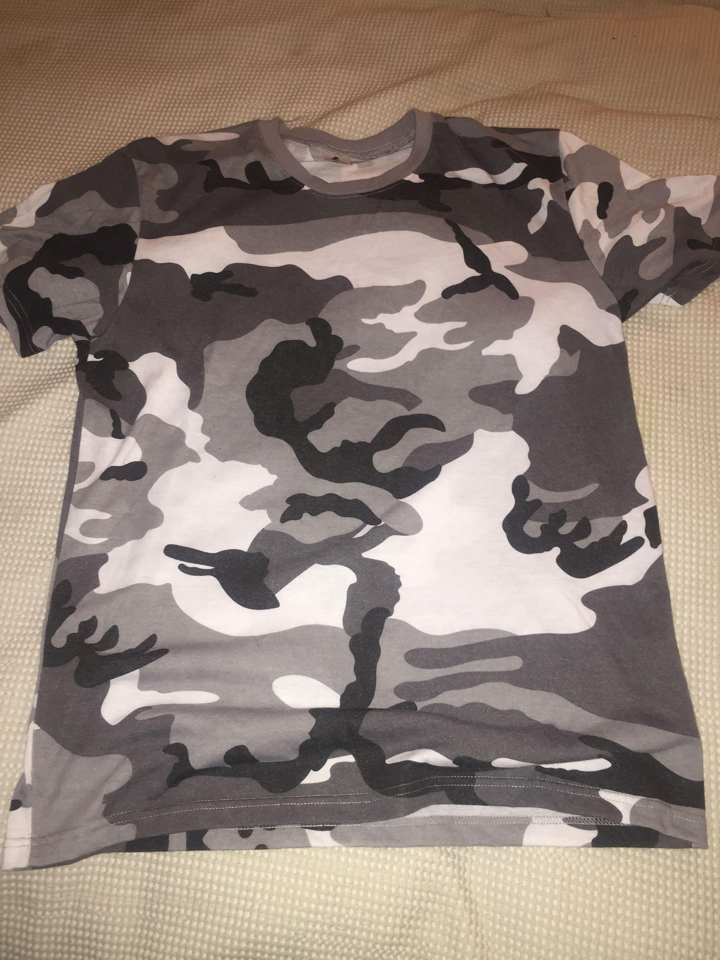 Camo tshirt