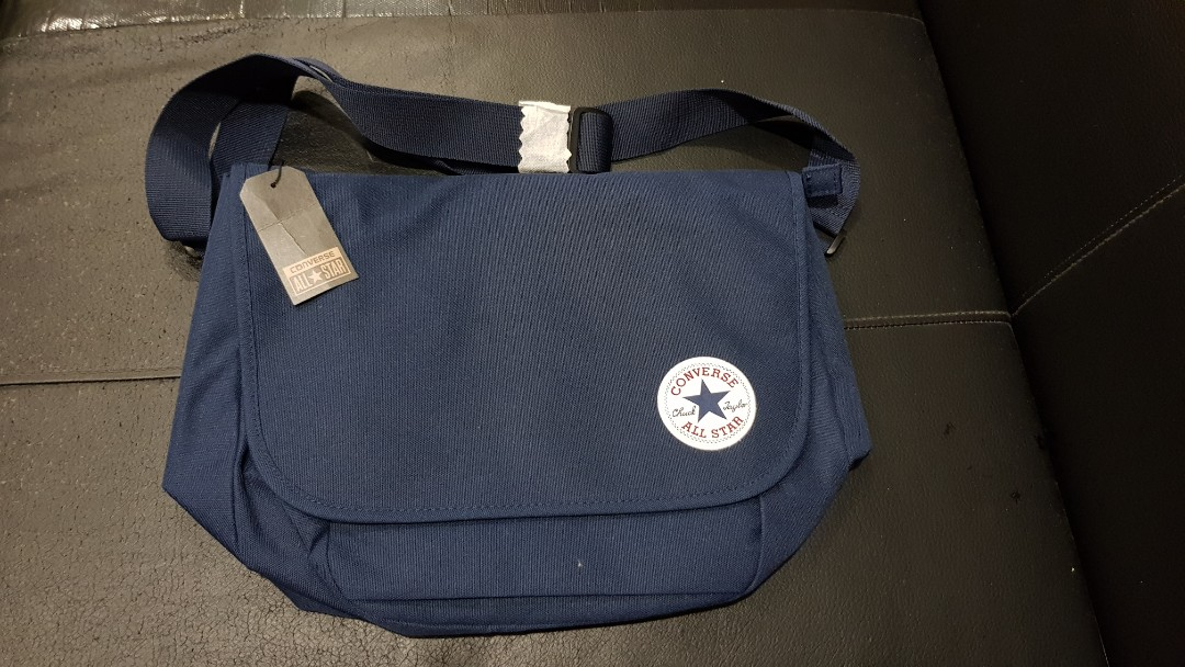 ed122cb10cf2 New Converse Sling Bag