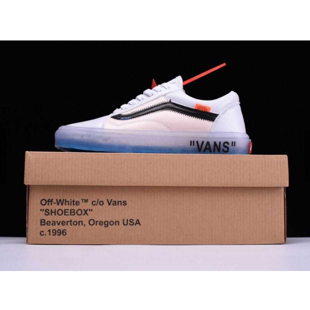 OFF-WHITE x Vans Old Skool Sneakers a1d2e38b7