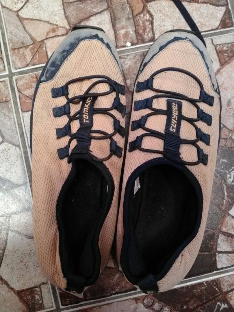 Sepatu pria pl