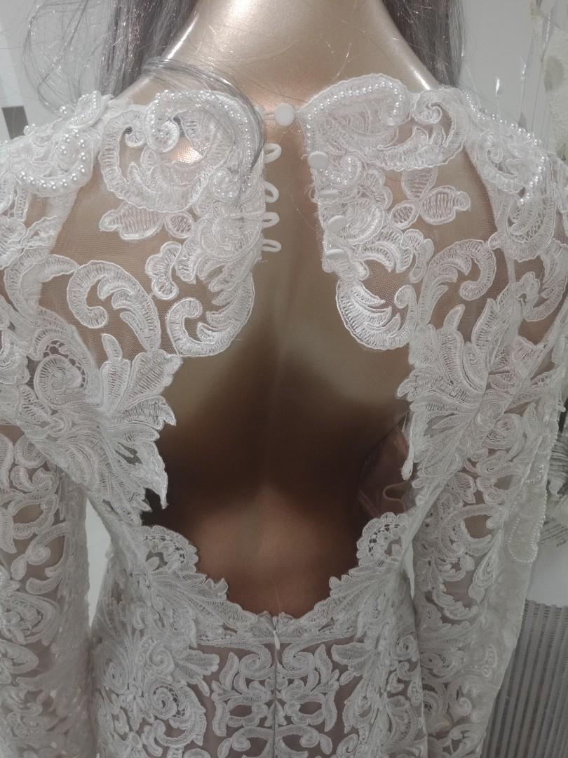 (12)Stunning thurley motherpearld dress