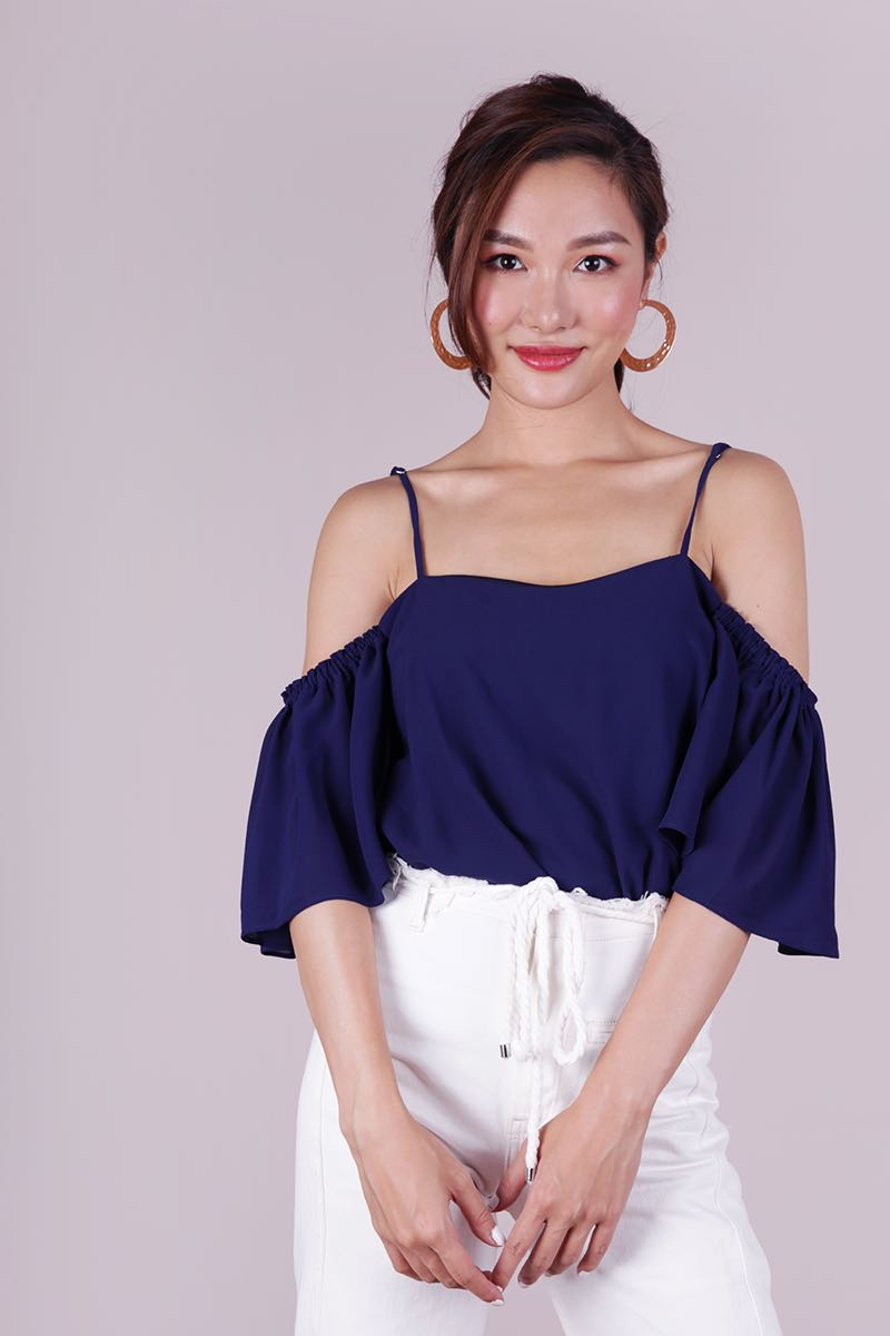 cce53ad055b TheTinselRack Annie Cold Shoulder Top Size M, Women's Fashion ...