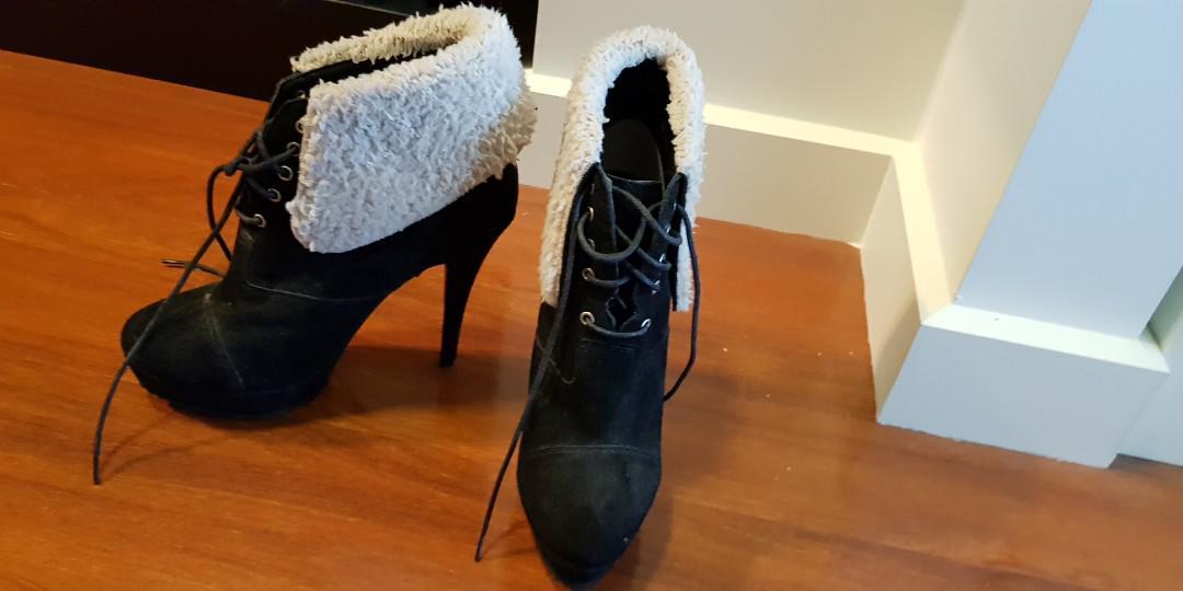 Tony bianco black boots size 8