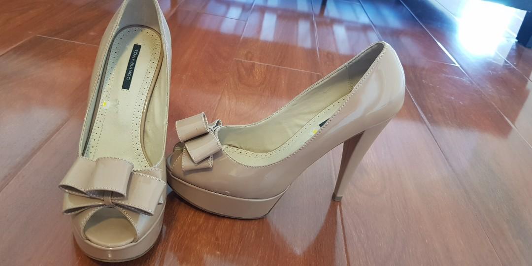 4dbaf547f29 Tony bianco peep toe bow heels nude. Size 8
