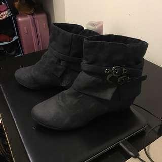Genuine suede boots