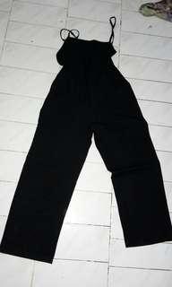 Jumpsuit panjang hitam