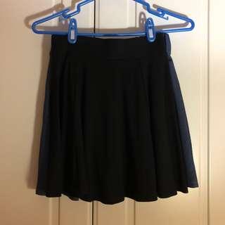 🚚 鬆緊黑色短裙