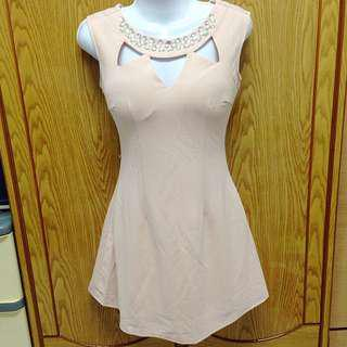 氣質粉色洋裝