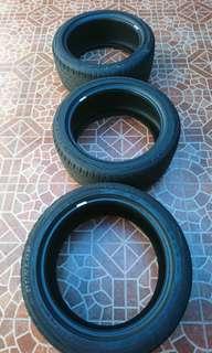 Dunlop Formula D05