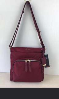 (ready stock) Tumi capri cross body