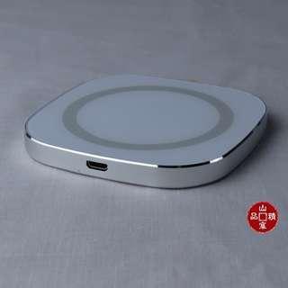 鋁合金正方塊無線Qi 快充充電盤  (編號 : 895-941)