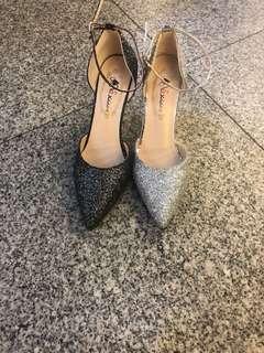 🚚 #女款高跟包鞋 👉👉2色35.36.37.38.39 $390