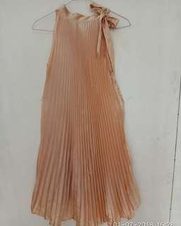 Preloved Dress Bahan Silk Size fit to L