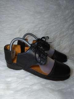 Minimarket Leather Shoes